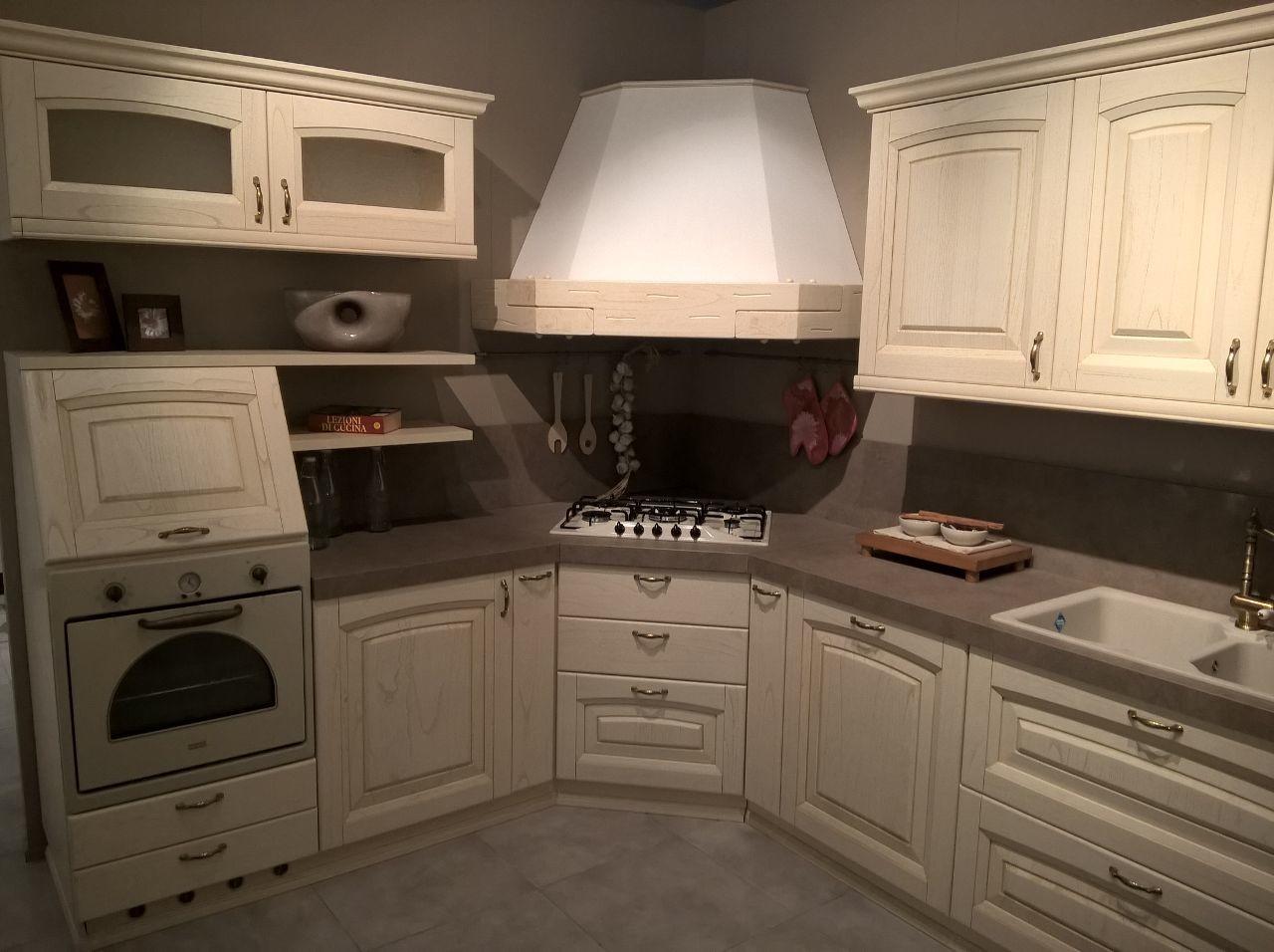 Promozioni cucine e arredamento centro cucine for Cat berro arredamenti